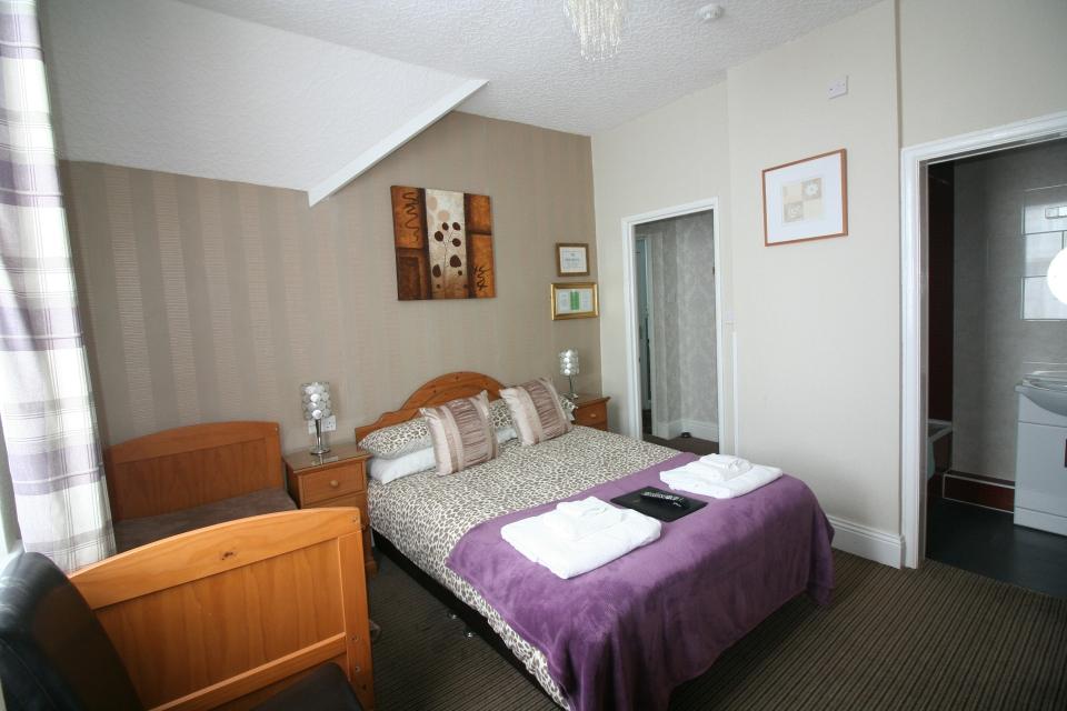 Kilburn Bridlington Room 8 Double En-suite